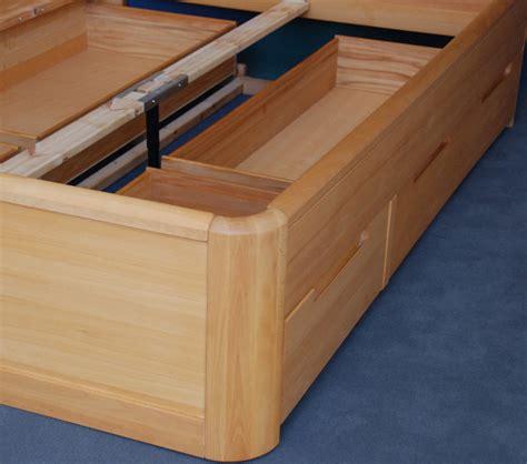 bett buche mit schubladen kastenbett bett mit schubladen integriert 140 x 200 buche