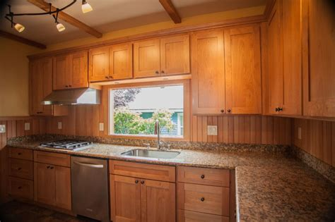 Maple Shaker Style Kitchen Cabinets | 1l natural maple shaker kitchen cabinets contemporary