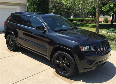 2015 Jeep Grand Black Find Of The Day 2015 Jeep Grand Black On Black