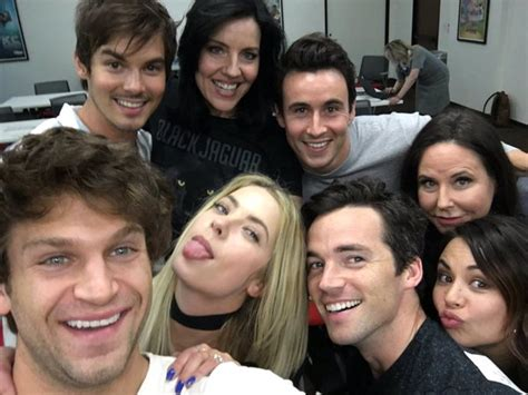 Or Cast Hale Pretty Liars Plltvseries The Of Pll Um So