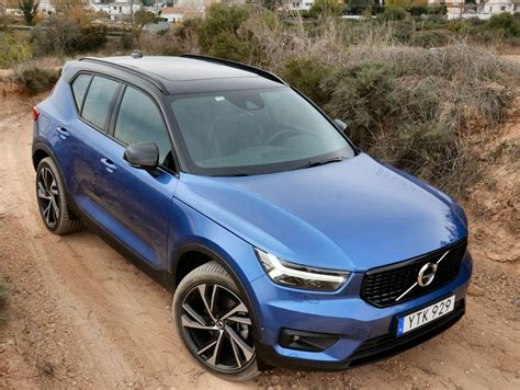 Volvo 2019 Xc40 Review by 2019 Volvo Xc40 Review And Drive Autoguide News