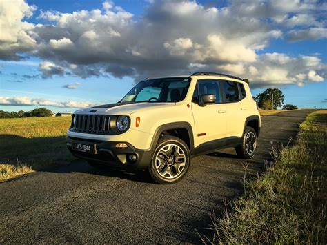 Jeep Ratings 2016 Jeep Renegade Trailhawk Review Caradvice