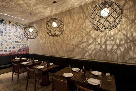Modern Wall Mural manish restaurant by acenda