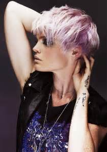 a short blonde hairstyle from the off duty collection by