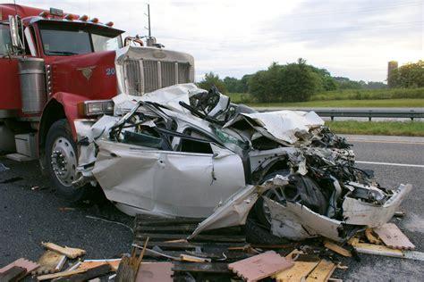 Image Gallery Vehicle Crash