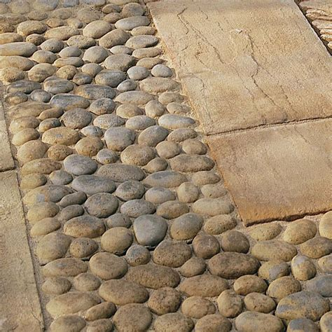 pavimenti per giardino in pietra 30 idee di pavimenti in pietra per esterni e giardini