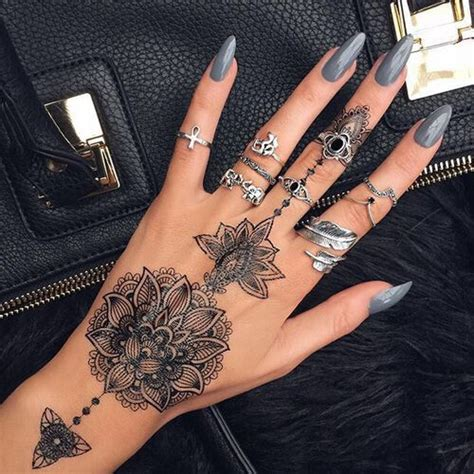 x tattoo on right hand 25 best ideas about hand tattoos on pinterest finger