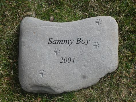 Pet Memorial Garden Stones by Garden Stones Pet Memorials By On The Rocks