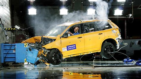 Volvo 2020 Safety Goal by Volvo Backs On 2020 Fatality Free Pledge Car News