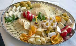 German Christmas Pickle File Cheese Platter Jpg Wikimedia Commons