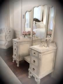 White Vintage Vanity Table Best 25 Refinished Vanity Ideas On Painted