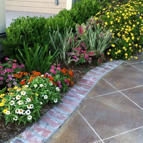 Pretty Flowers And Walkway Flowers And Gardens Pinterest Flowers And Gardens Pictures