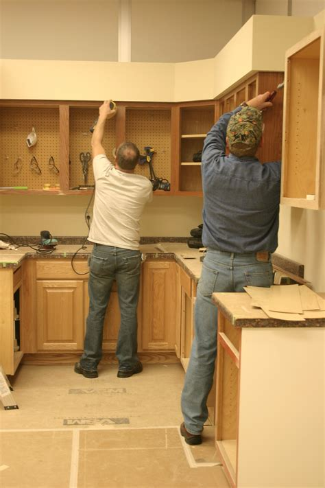 cabinet refacing prep touches walzcraft cabinet