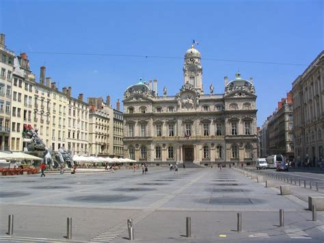 www desain panoramio photo of place des terreaux h 244 tel de ville de