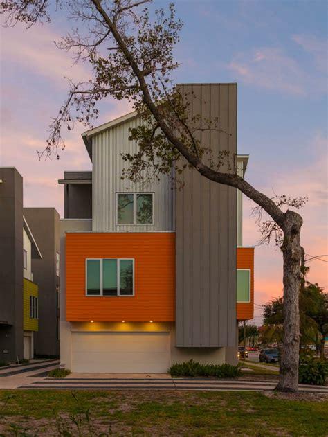 Modelos Casas Modernas #8: Casa-moderna-fachada-naranja.jpeg