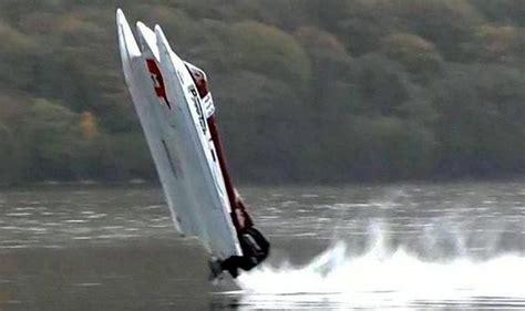 video powerboat racer survives crash identical to one - Boat Crash Films