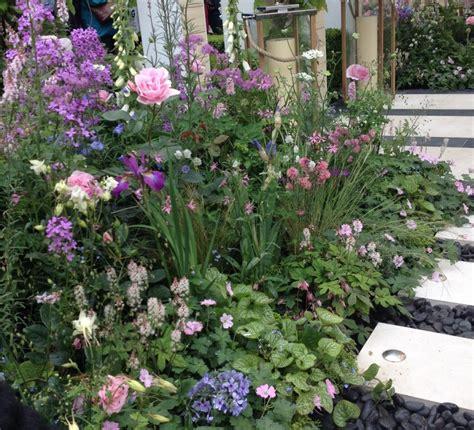the smart garden rhs chelsea flower show the show gardens the small gardener