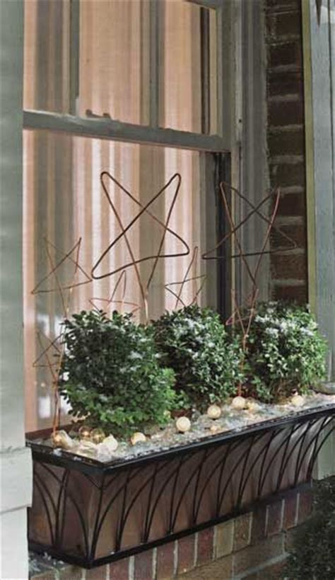 Wire Window Planters by 25 Best Ideas About Window Boxes On