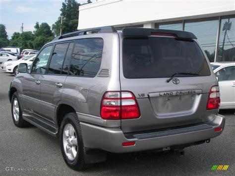 Cloud Toyota 2004 Thunder Cloud Metallic Toyota Land Cruiser 32054275