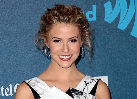 bold and the beautiful hairstyle for caroline forrester linsey godfrey bold and the beautiful star injures