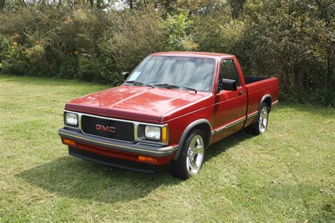 how can i learn about cars 1993 gmc suburban 2500 electronic throttle control sold 1993 gmc sonoma sold