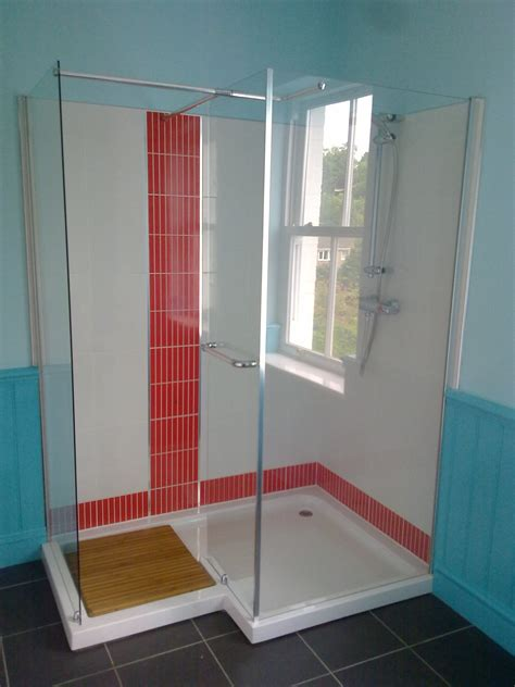 Small Red Bathroom Ideas Doorless Walk In Shower Ideas Tile Houses Models Best