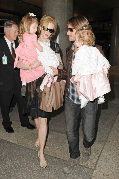 Kidman Celebrates Troubled Husbands Birthday With Watts by And Keith Take Flight With The Family In Sydney