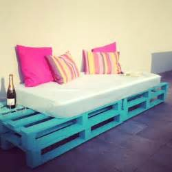 Diy Outdoor Daybed Diy Pallet Sofa Outdoor Daybed Idees And Solutions