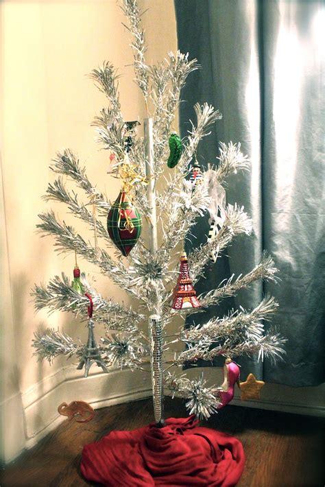 carey on lovely the sparkler pom pom aluminum christmas tree
