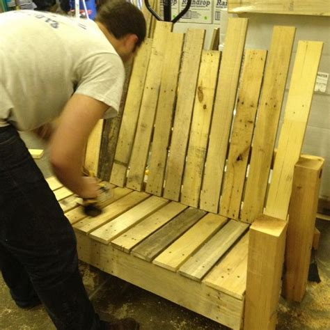 Hometalk   Repurposed Pallet Into a Do It Yourself Bench