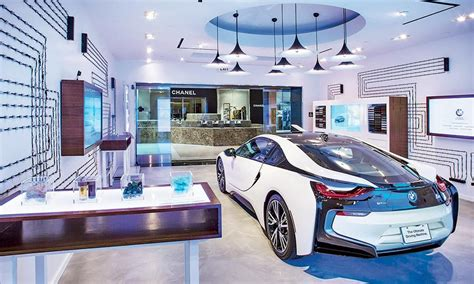 the key elements of great services car bmw pop up stores part of the bmw future retail program