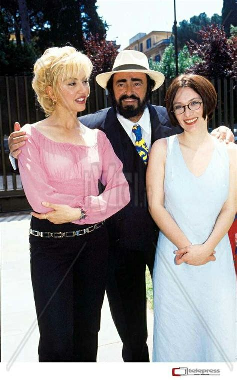 nicoletta mantovani pavarotti luciano pavarotti with his nicoletta mantovani for
