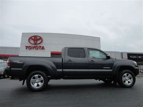 tacoma double cab long bed find new new 2013 tacoma double cab 4 0l v6 auto 4x4 long