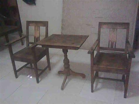 Satu Set Meja Dan Kursi Plastik vigo antique satu set kursi dan meja kung lawas
