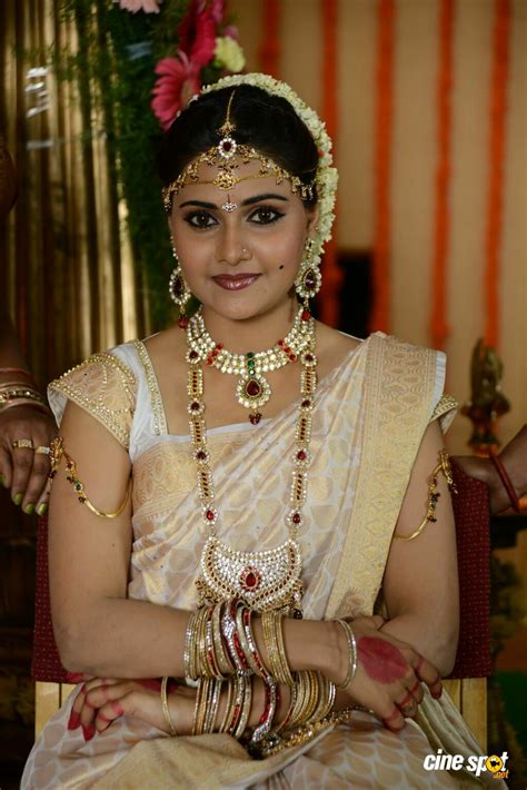 Malligadu marriage bureau movie actress jennifer
