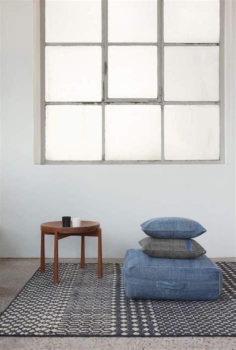 ottoman l ligne mellow ottoman l blue tapijten