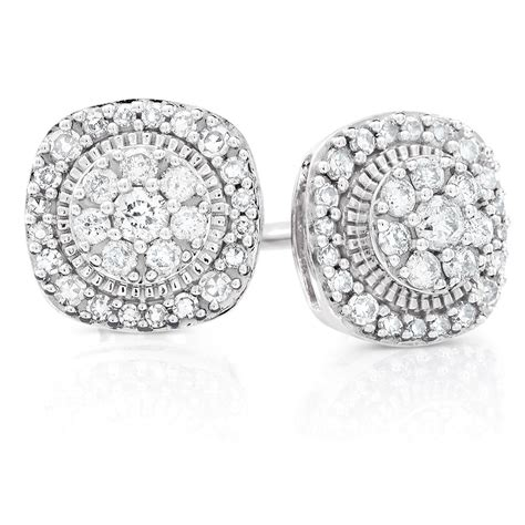 cluster stud earrings with 1 3 carat tw of diamonds in