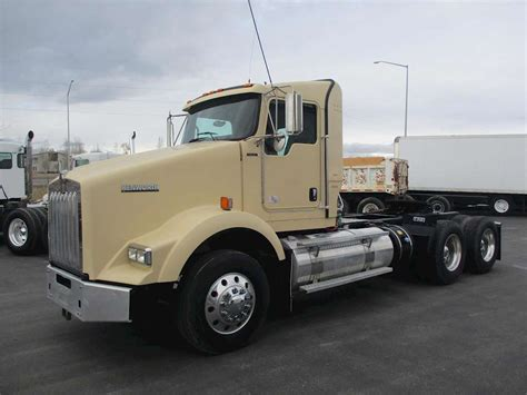 2012 kenworth trucks for sale 2012 kenworth t800 day cab semi truck for sale 279 000