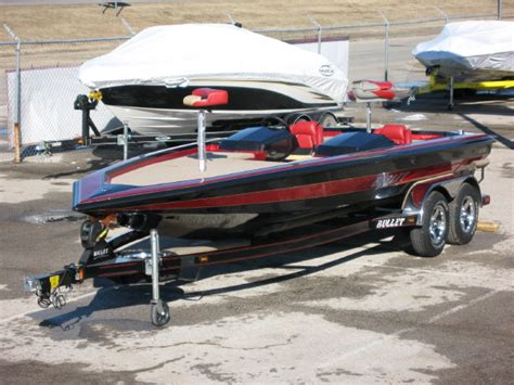 bullet boat graphics bullet bass boats pictures to pin on pinterest pinsdaddy