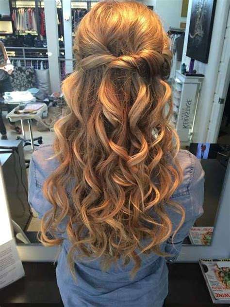 30 Best Prom Hairstyles for Long Curly Hair   Long