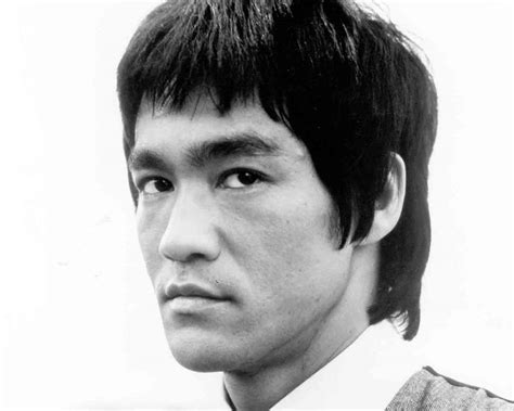 bruce lee biography wikipedia bruce lee age height bio net worth weight wiki and