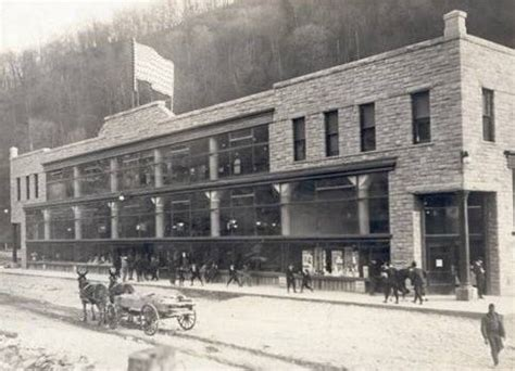 25 photos of 1930s and 1940s kentucky coal camps