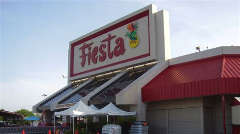 fiesta mart    grocery store  america epicurious