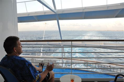 of the seas cabin reviews royal caribbean voyager of the seas cruise review for