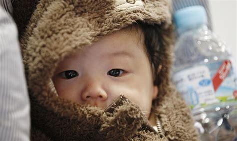 Kurang Dari 1 Juta mainichi shimbun kurang dari 1 juta bayi lahir di jepang pada tahun 2016