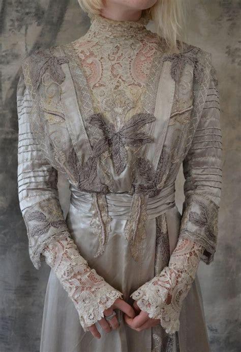 hochzeitskleid jugendstil edwardian gown silver silk wedding dress 1901 1910