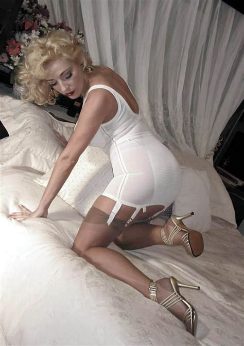 girdle and nylons 196 kay of klassnsass models her open bottomed