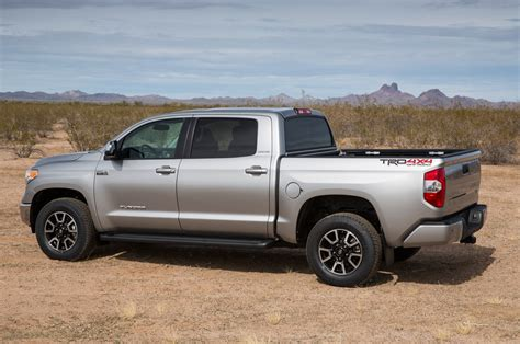 2014 Toyota Tundra Trd 2014 Toyota Tundra Limited Trd 4x4 Road Rear Side View
