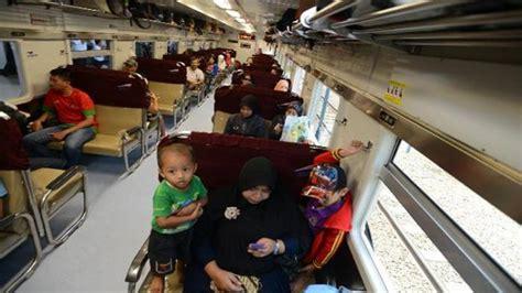 Harga Tiket Kereta Api Jakarta Surabaya Juli 2018