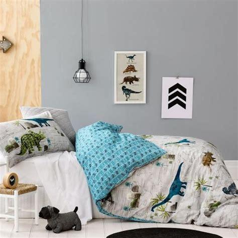 dinosaur bedroom 1000 ideas about dinosaur bedding on dinosaur